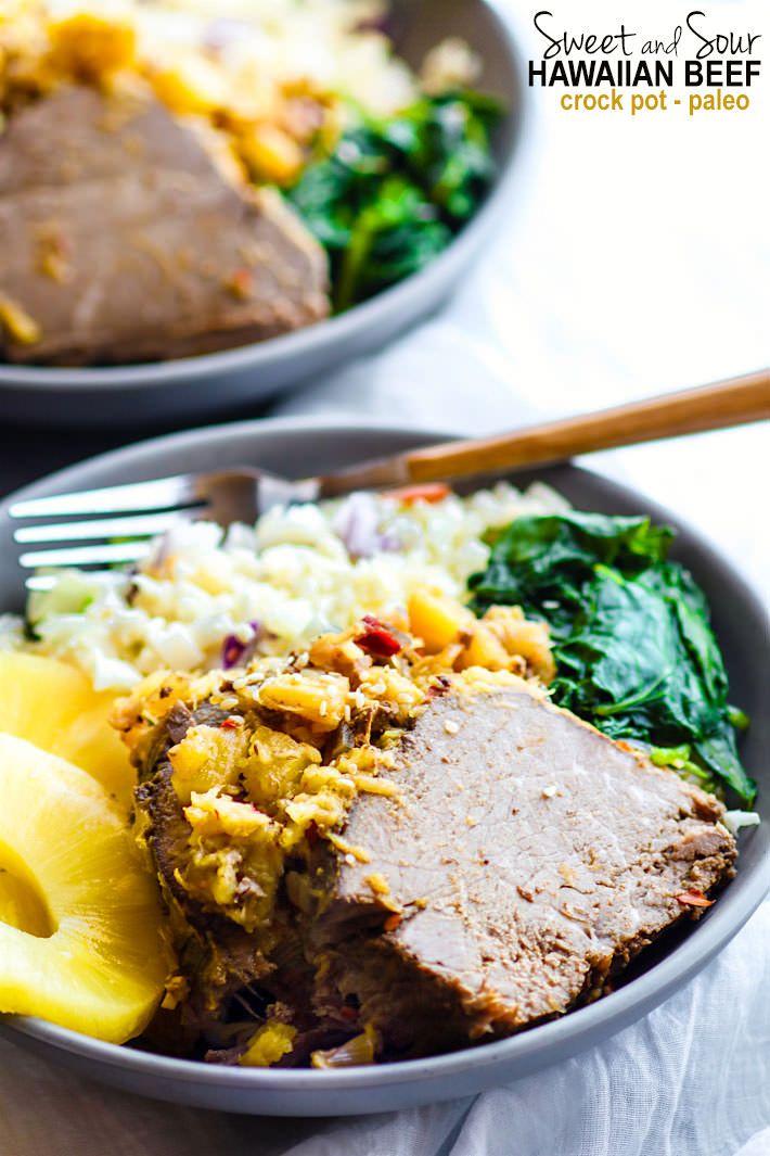 Fácil olla de barro dulce y carne de Hawai Sour!  Un super fácil olla de barro paleo receta de carne de vaca hawaiano que satisfaga a toda la familia!  Es s sano, sencillo, lleno de sabor!  Esta carne de vacuno olla de barro también se freezer amigable para que pueda hacer un montón y ahorrar algo para luego.  ALOHA!