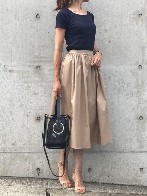 ユニクロのTシャツ(半袖 ・タンクトップ)「リブバレエネックT(半袖)」を使ったtomo.0103のコーディネートです。WEARはモデル・俳優・ショップスタッフなどの着こなしをチェックできるファッションコーディネートサイトです。