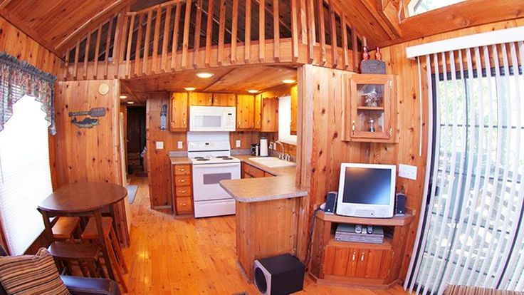Tiny Cabin for Sale in Illinois | Amazing Small House Design