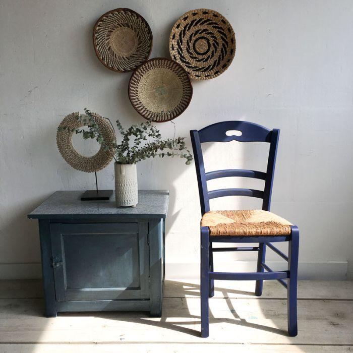 Chaise Paille Et Bois Bleu 49 00 Chez Howne Chaise Paille Mobilier De Salon Relooking De Chaise
