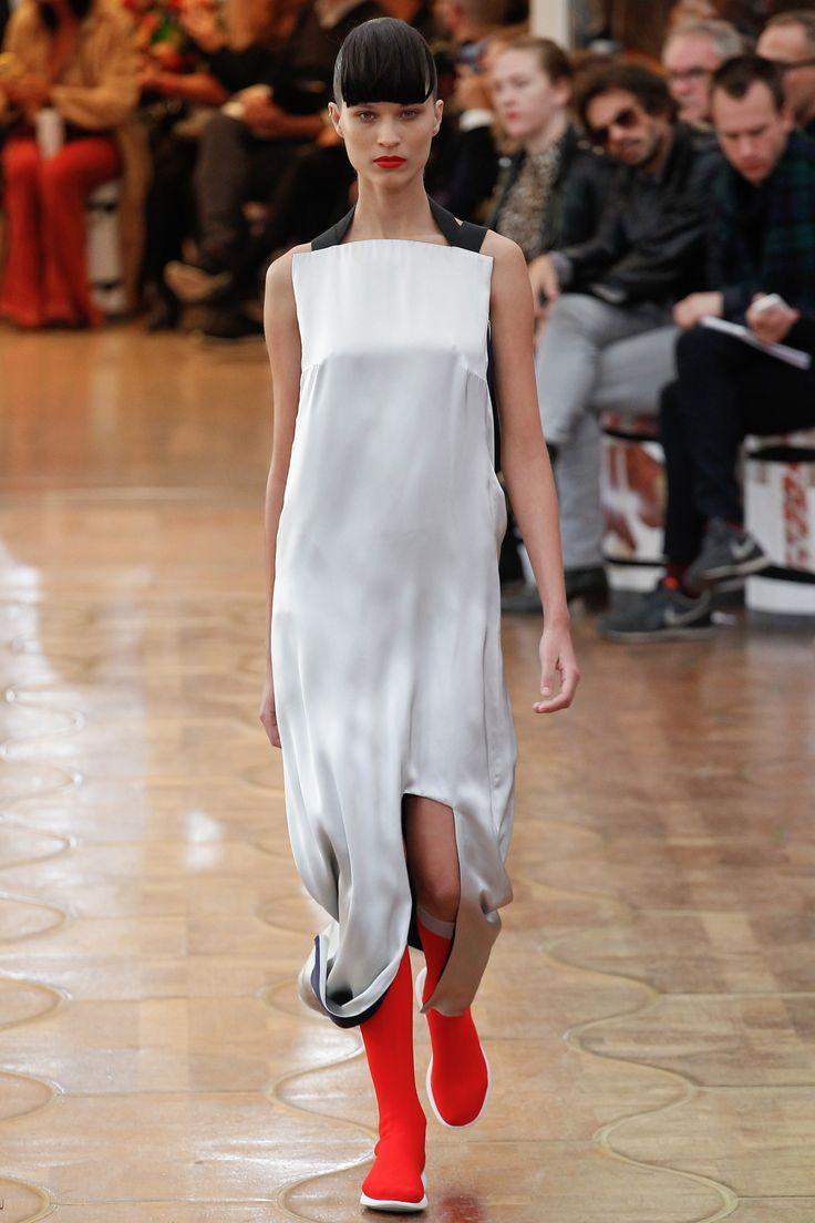 Acne Studios Spring 2016 Ready-to-Wear Fashion Show - Ari Westphal