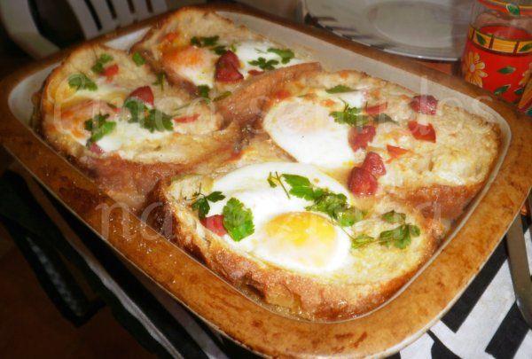 Cinco sentidos na cozinha: Açorda de tomate no forno com ovos e chouriço
