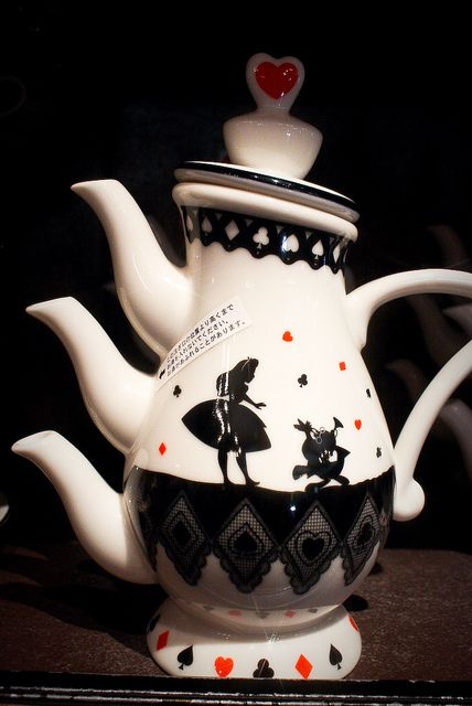 Alice in Wonderland teapot?! // This is truly Mad Hatter... it has THREE spouts!