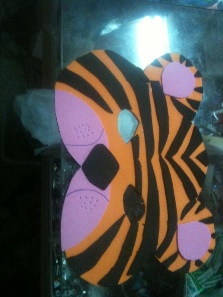 Antifaz de tigre de goma eva