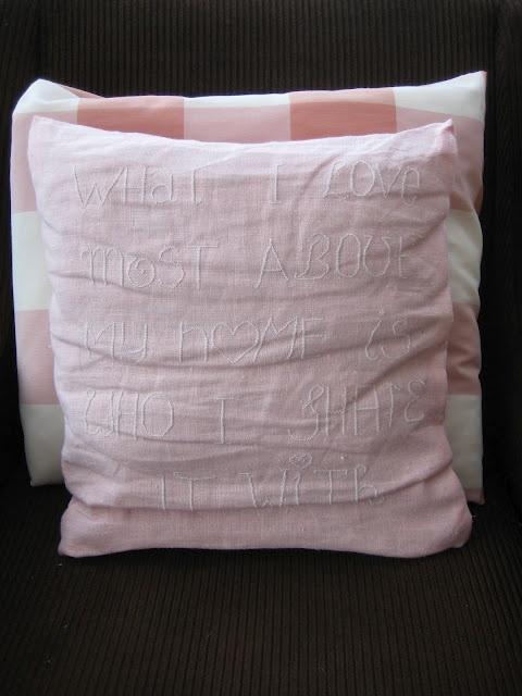 Cute cross-stitch pillow - Tutorial