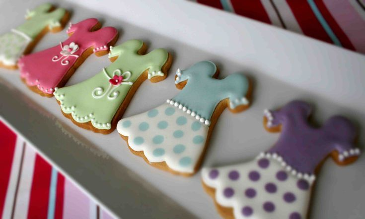 Cute party dress cookies.