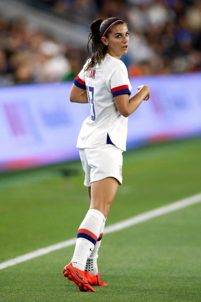Alex Morgan In 2020 Soccer Girl Women S Soccer Alex Morgan