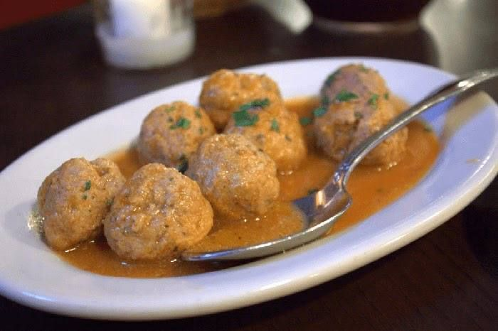 Albóndigas de carne caseras   Recetas de Cocina Casera - Recetas fáciles y sencillas