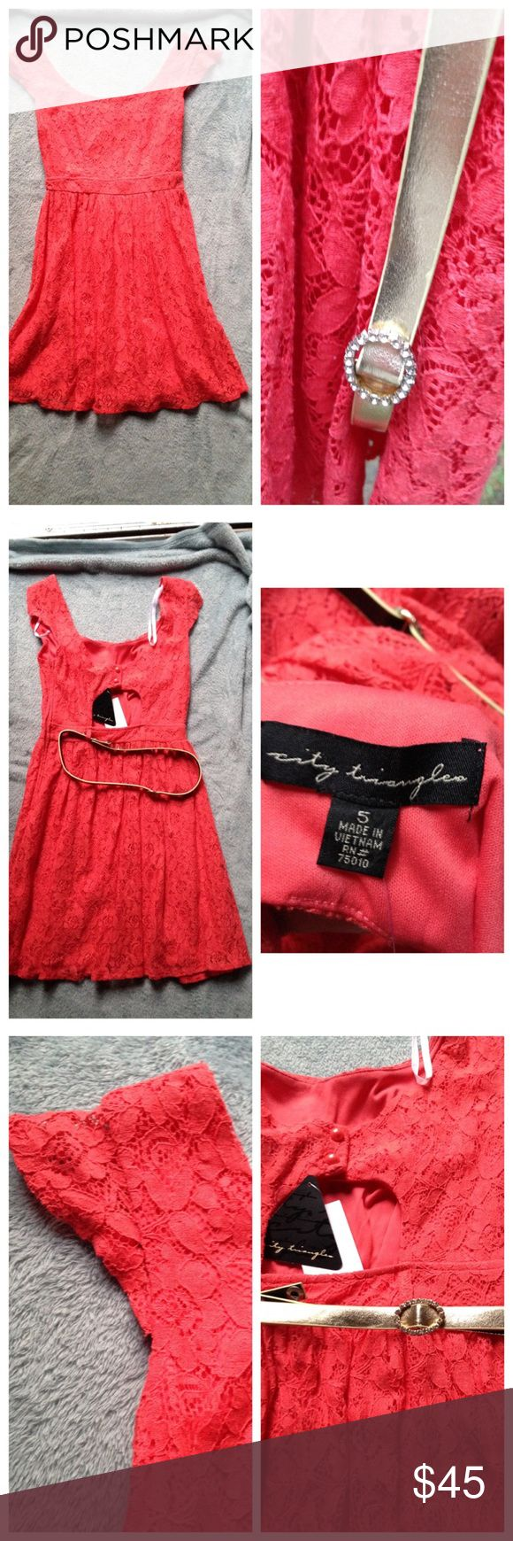 NWT coral lace dress with keyhole back size 5 NWT (not Hollister) belt is attached, sparkle part goes on front and belt is adjustable. Bought in Florida, and would have worn there, but I don't live in area where I need this many dresses. Cheerful pop of color! No flaws, non-smoking home. Hollister Dresses Mini
