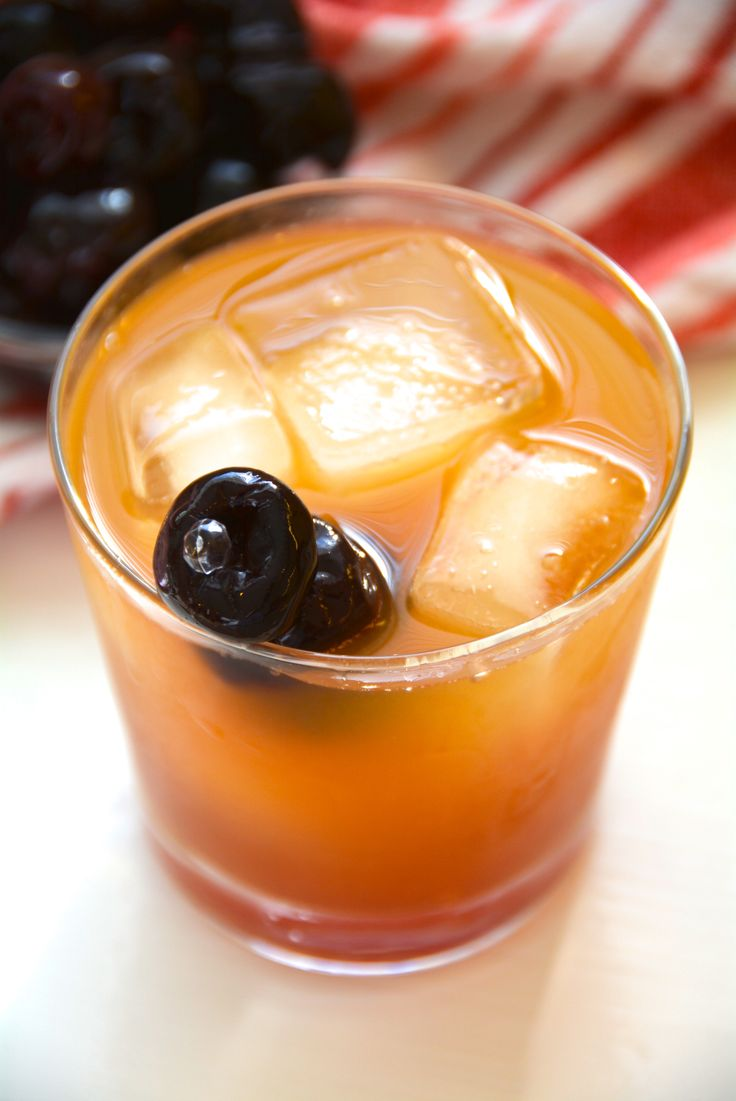 How to Make the Best Whiskey Sour!