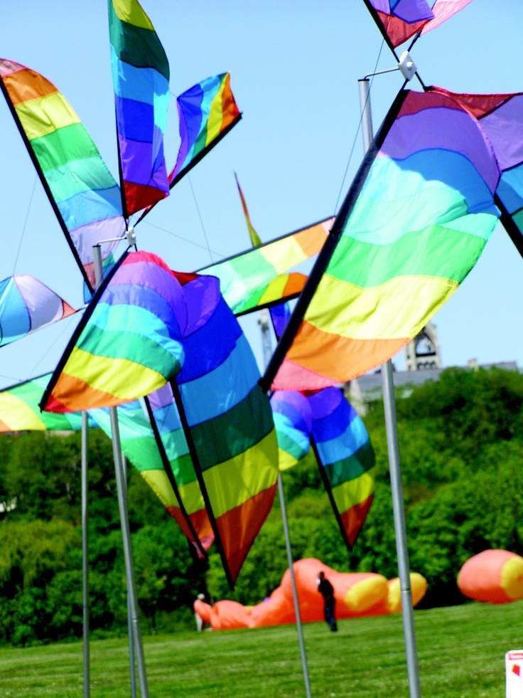 Enjoy the water and rent a paddleboat or a few hydro-bikes on Juneau Park Lagoon or make your own rainbow when you fill the sky with color and rent kites from Gift of Wings.