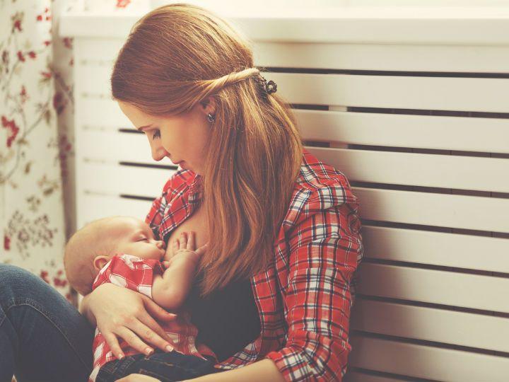Los anticonceptivos hormonales de solo progestina, ya sea píldoras o el implante subdérmico, pueden ser utilizados seis semanas después del nacimiento del bebé y durante el periodo de lactancia sin que sus componentes afecten al bebé, según la Organización Mundial de la Salud (OMS).