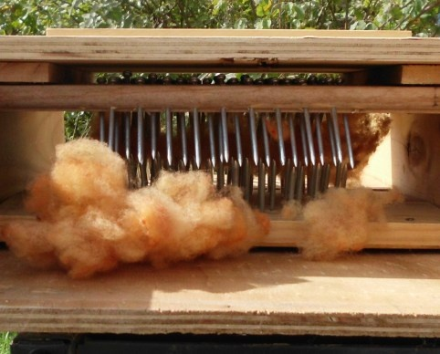 Building a wool-picker.: Fiber Preparation, Fiber Crafts, Cards Wool, Buildings, Wool Apartment, Pull Wool, Fiber Animal, Daily Fiber, Fiber Addiction