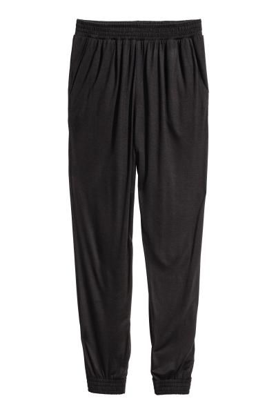 Harem pants in jersey with elastication at the waist and hems.