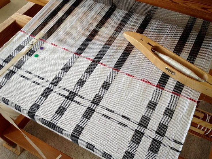 Thick and thin cottolin towels on the Glimakra Ideal loom.