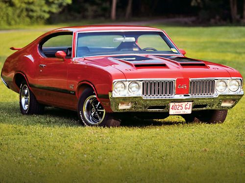 1970 Oldsmobile 442. Maintenance of old vehicles: the material for new cogs/casters/gears/pads could be cast polyamide which I (Cast polyamide) can produce. My contact: tatjana.alic14@gmail.com