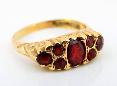 Vintage Georgian Style Ladies Red Garnet Fashion Ring in 9 ct Yellow Gold FREE POSTAGE Included by GloryBeVintageWares on Etsy