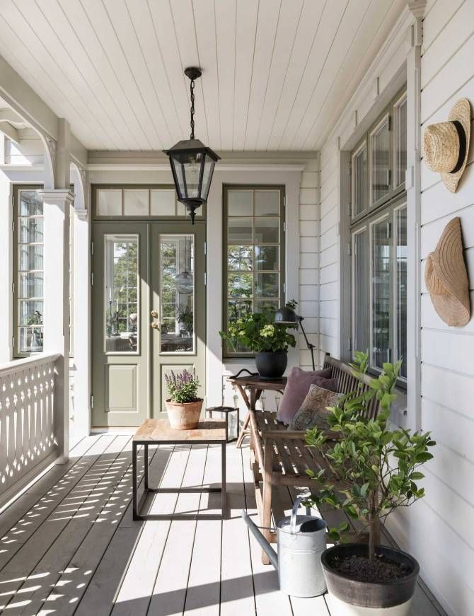 Best 25 farmhouse garden ideas only on pinterest porch for Shanty 2 chic porch swing