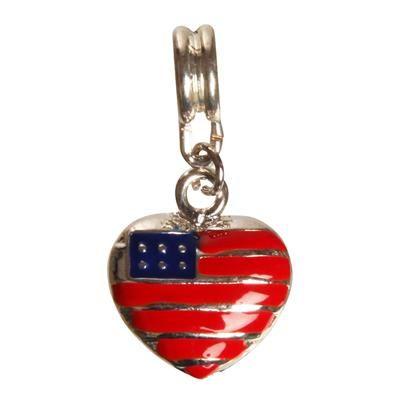 29,00 Hjerte vedhæng med det Amerikanske flag. Kan både bruges i halskæde og armbånd. #smykker #vedhæng #StarsandStripes