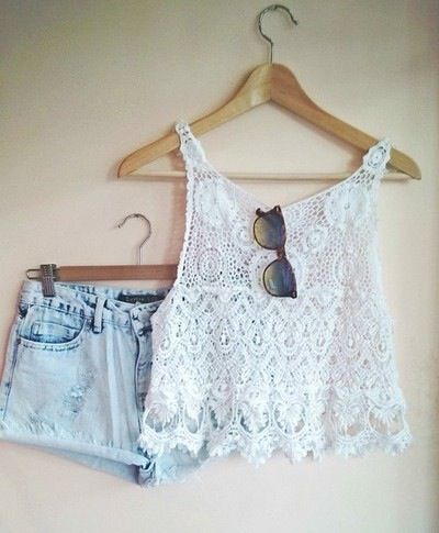 Gorgeous denim shorts with top white lace blouse and cute goggles the best summer teen fashion