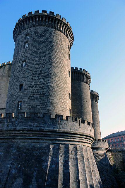 Castel Nuovo's Moat - 40°50′00″N 14°15′00″E