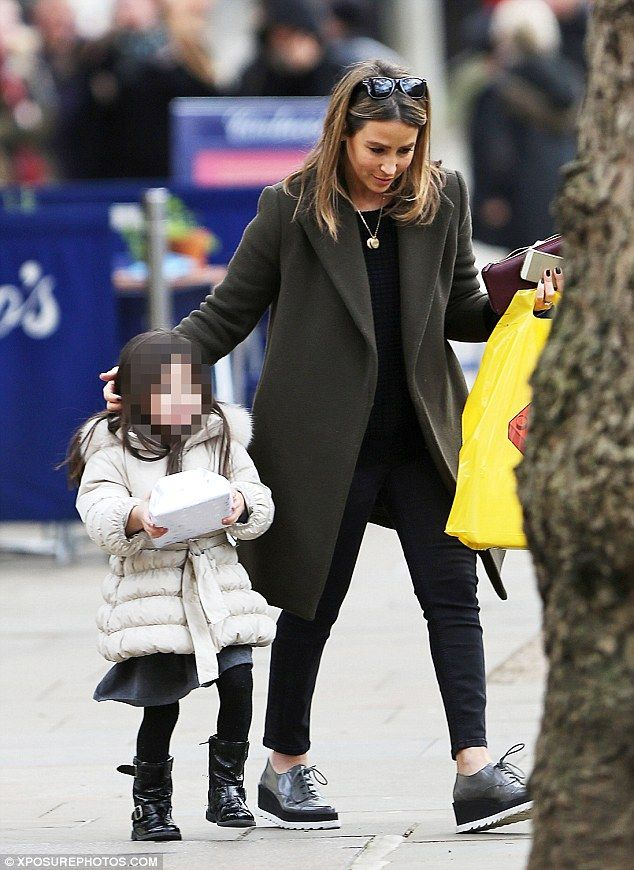 Rachel Stevens is chic in lace-up loafers with daughter Amelie #dailymail