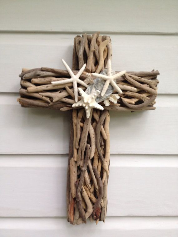 Driftwood starfish cross seashell driftwood wall cross for Craft ideas for driftwood