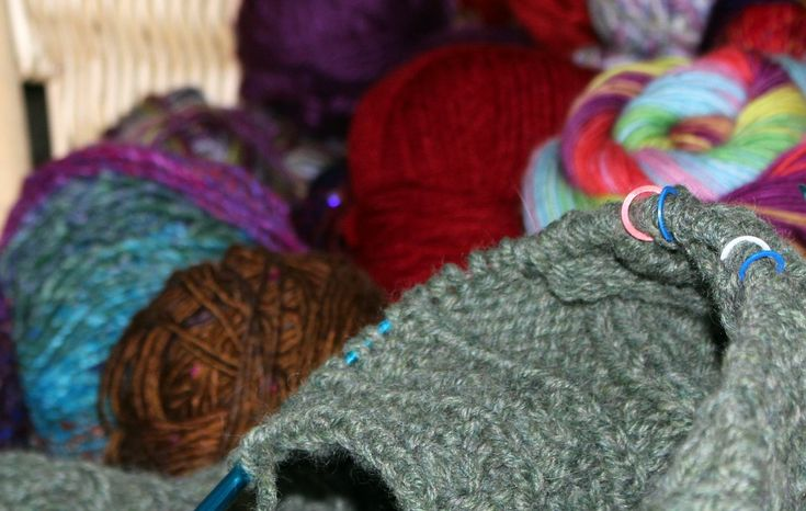 Cable Stitch Knitting And How To Do It