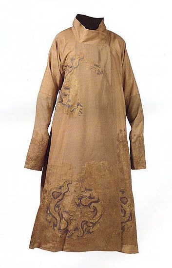 Dragon robe  Liao dynasty (907-1125)