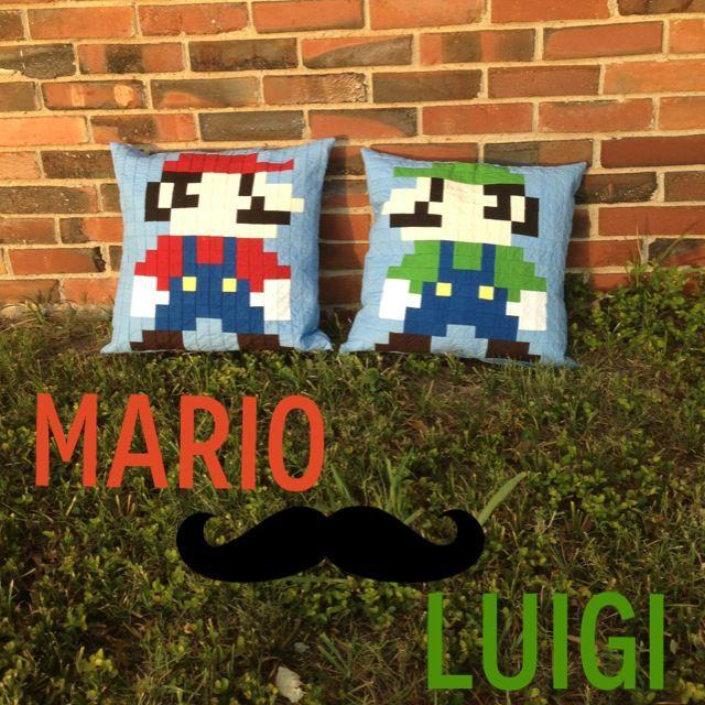 Mario and Luigi 8 bit
