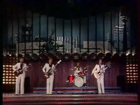 (3) Rote Gitarren - Weisses Boot 2003 - YouTube