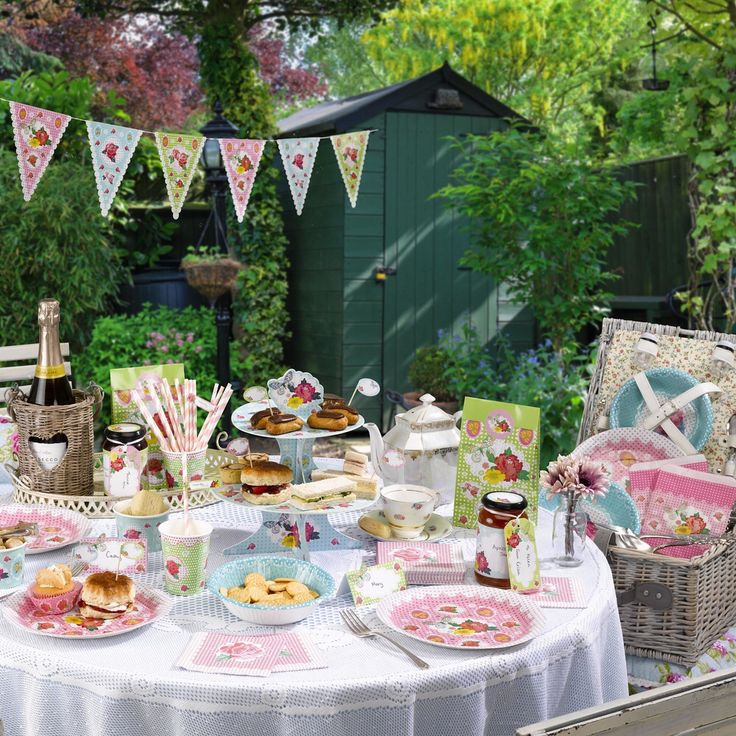 A fabulous vintage tea party. These products are great for colourful summertime weddings and celebrations.  A fab idea for a hen celebration by www.fuschiadesigns.co.uk