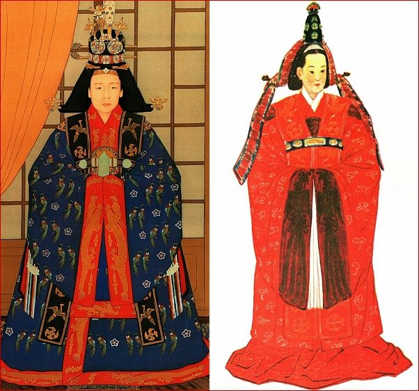 Jeokui (적의) : Ceremonial Dress of Queen Left : Illustrated by South Korean 'Kwon, Oh Chang (권오창)' Right : Illustrated by North Korean 'Lee, Pal Chan (리팔찬)'
