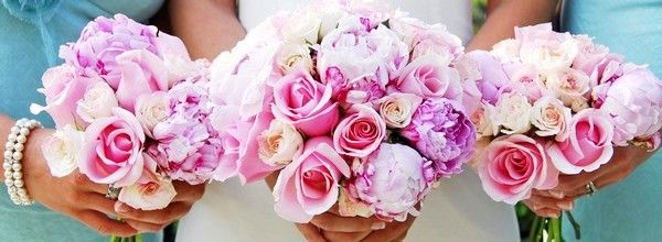 When interviewing candidates florist, find out how open they are to working within your budget. The best florist is one that can be creative and provide you with unique yet reasonably priced arrangements. Here are a few tried-and-true ways to extend the flower budget:  Read More http://morefemale.com/plan-wedding-flowers/