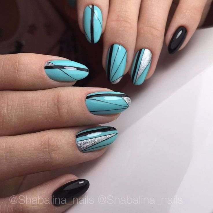 @pelikh_Black and turquoise nails, Christmas nails, Festive nails, Lady Gaga nails, Nails under turquoise dress, Nails with lines, New Year nails 2017, Oval nails