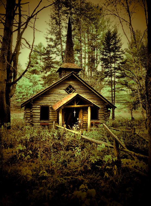 Pretty little abandoned chapel in the woods!