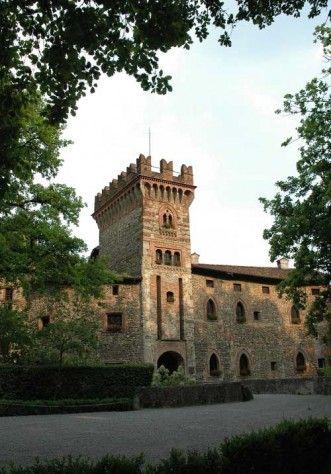 Castello di Marne, l'ingresso