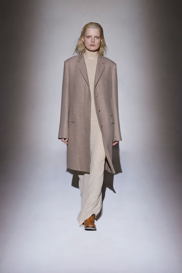 The Row Fall 2016 Ready-to-Wear Fashion Show