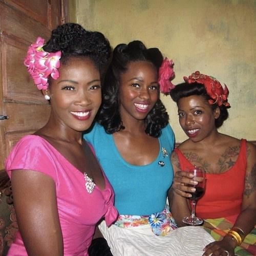 Mujeres cubanas NOTE.  beautiful Cuban women.