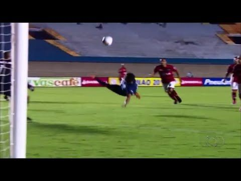 Wendell Lira AMAZING half-Bicycle Kick Goal | Atletico-GO vs Goianesia 1...