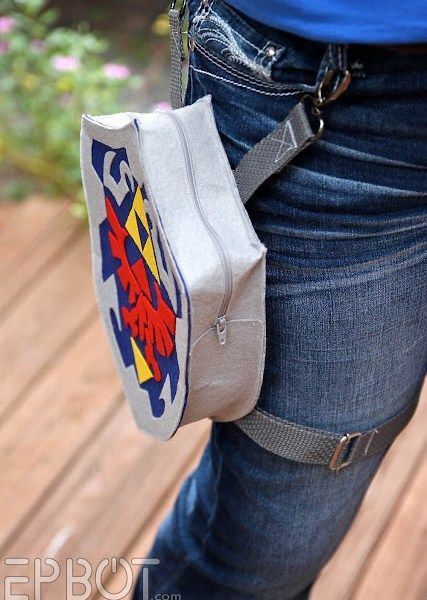 legend-of-zelda-holster-bag-geek-decor-3.jpg (427×600)