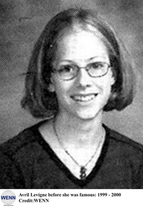 Celebrity Yearbook - Before They Were Famous.. - My Modern Metropolis - Avril Levigne 1999-2000