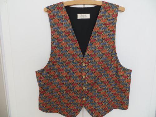 Blue Claret Renaissance style Waistcoat 40- 42 with  Bow Tie. £34.99