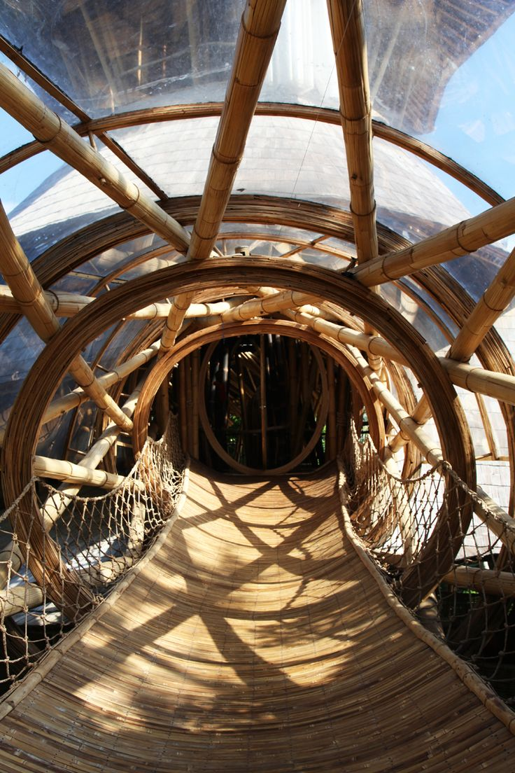 Bamboo interior design natural building blog - Green Village Bali Is An Eco Initiative Led By Ubud S Elora Hardy And Her Team At Ibuku Architects Designers And Master Craftsmen Who Pioneer