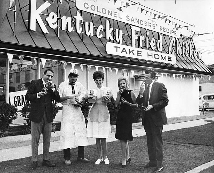 Once upon a time in Los Angeles, the opening of a Kentucky Fried Chicken made the news! In this 1965 photo, the owners pose with the president of the Sherman Oaks Chamber of Commerce at the grand opening of their KFC location at 13736 Ventura Blvd. (Bizarre Los Angeles)