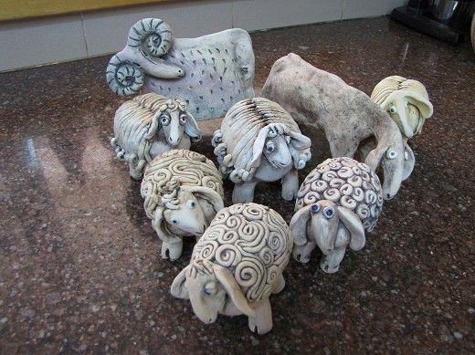 כבשים מקרמיקה, עיזים ואיילים מאת ציפי בן אריה | פורטל הוםפרו