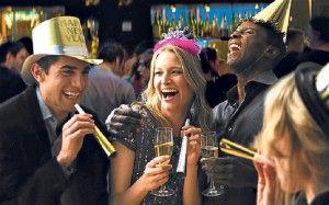 Pentru cei care au rămas pe ultima sută de metri în ceea ce priveşte petrecerea Revelionului, aceştia pot opta pentru: Club Bunker unde oferta include meniu rece şi cald, open bar, all you can eat and drink. Preţul este de 199 lei/persoană. Club Taine găzduieşte o petrecere cu bufet rece,cald, desert şi open bar. Preţul […]