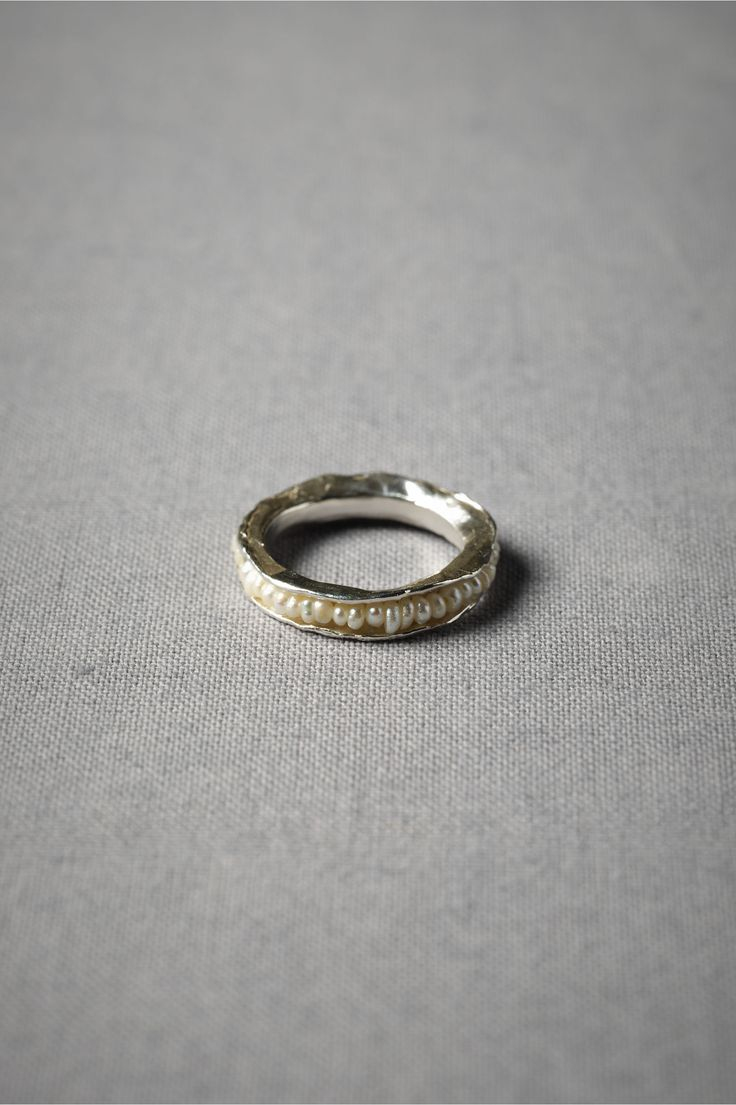 Threaded Pearl Ringlove This