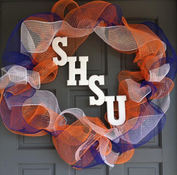 Sam Houston State University Wreath