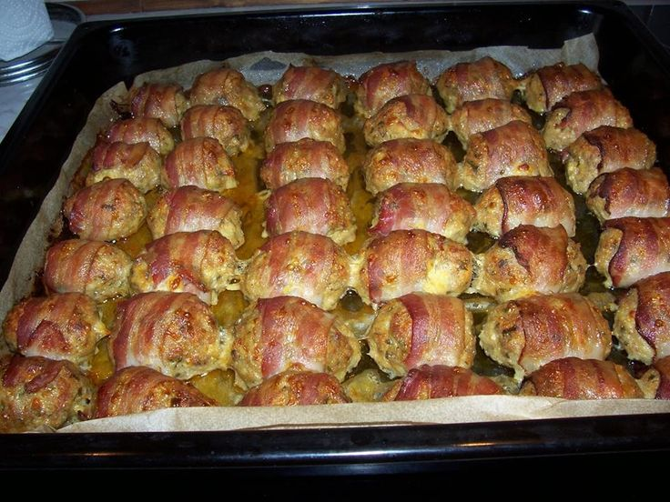 Baconbe göngyölt fasírt